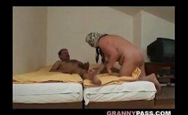 Coroa Porno
